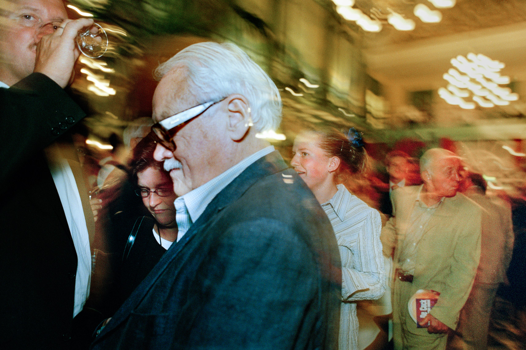 Toots Thielemans mingling with the audience after a performance at Grand Hotel Krasnapolsky in Amsterdam | Mike Harris Photography